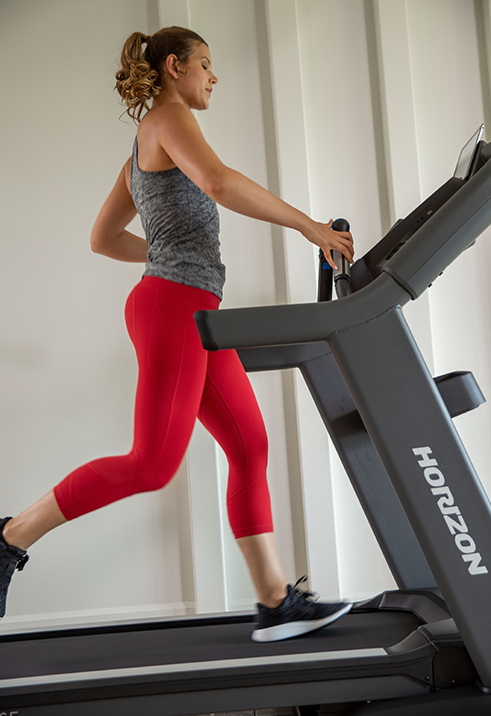 Horizon 7.8 AT Treadmill Female